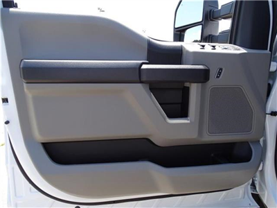 2018 F-550 Crew Cab DRW 4x2,  Knapheide Value-Master X Platform Body #18F217 - photo 9