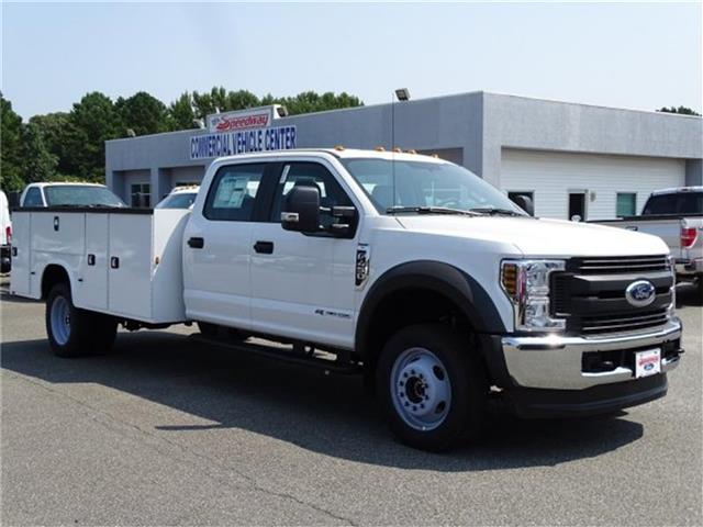 2018 F-450 Crew Cab DRW 4x4,  Knapheide Service Body #18F222 - photo 4