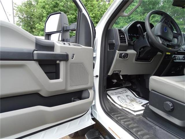 2018 F-450 Crew Cab DRW 4x4,  Dump Body #18F226 - photo 9