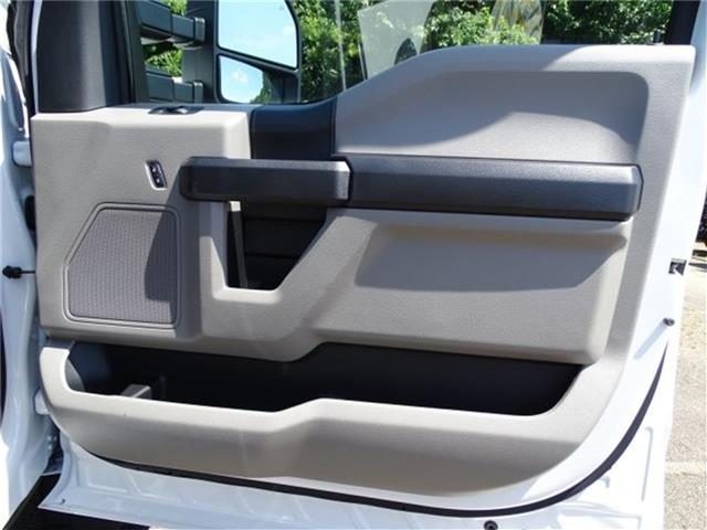 2018 F-450 Crew Cab DRW 4x2,  Knapheide Platform Body #18F265 - photo 21
