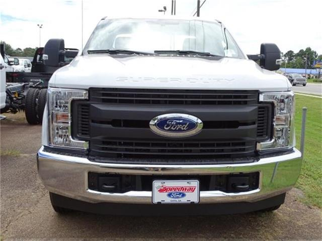2018 F-250 Super Cab 4x2,  Knapheide Standard Service Body #18F272 - photo 3