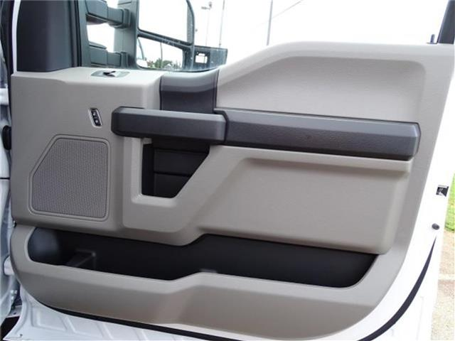 2018 F-550 Crew Cab DRW 4x2,  Knapheide Platform Body #18F282 - photo 24