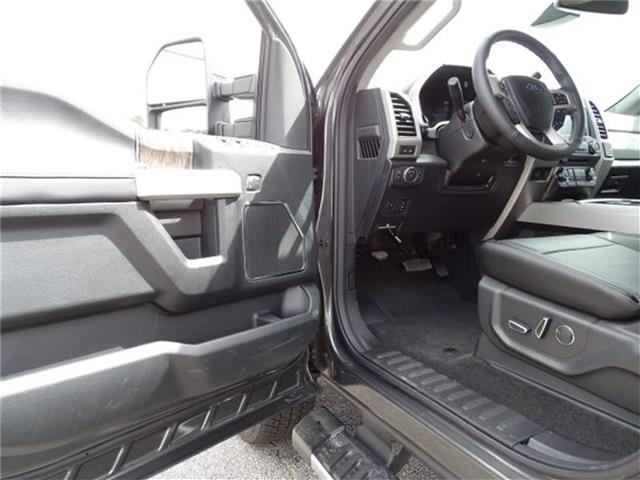 2018 F-250 Crew Cab 4x4,  Pickup #18T200 - photo 15