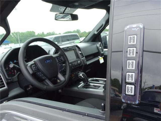 2018 F-150 SuperCrew Cab 4x2,  Pickup #18T309 - photo 14