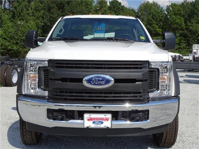 2019 F-550 Regular Cab DRW 4x2,  Cab Chassis #19F004 - photo 3