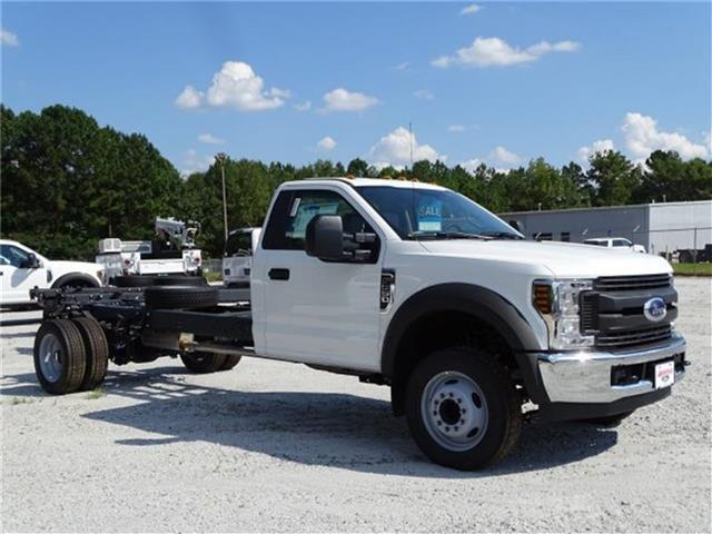 2019 F-550 Regular Cab DRW 4x2,  Cab Chassis #19F004 - photo 4