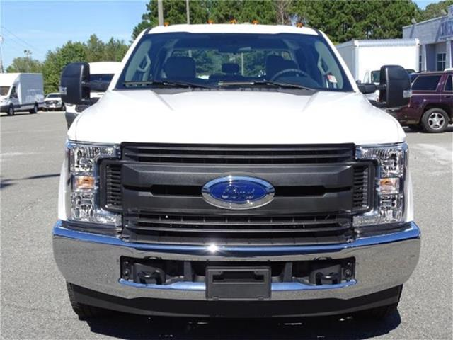 2019 F-250 Crew Cab 4x2,  Reading SL Service Body #19F070 - photo 3