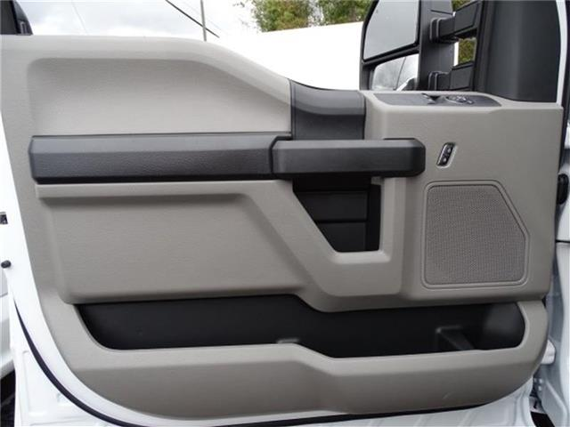 2019 F-250 Regular Cab 4x2,  Reading SL Service Body #19F071 - photo 10