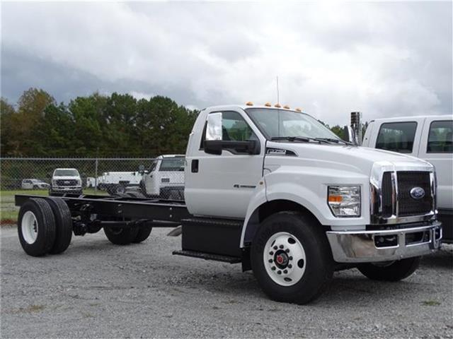 2019 F-750 Regular Cab DRW 4x2,  Cab Chassis #19F088 - photo 2