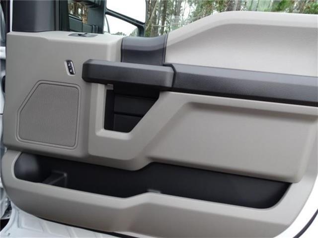 2019 Ford F-450 Crew Cab DRW 4x2, K&K Manufacturing Platform Body #19F518 - photo 19