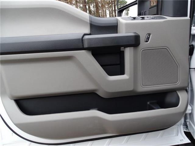 2019 Ford F-450 Crew Cab DRW 4x2, K&K Manufacturing Platform Body #19F518 - photo 8