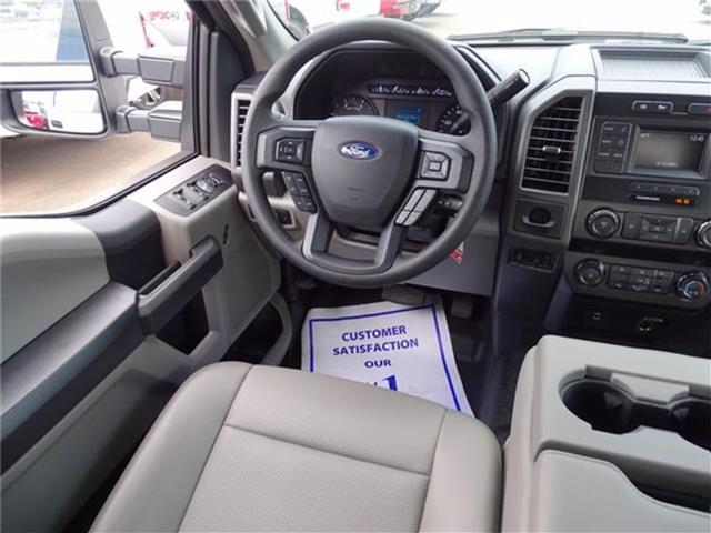 2019 Ford F-450 Crew Cab DRW 4x2, K&K Manufacturing Platform Body #19F518 - photo 28