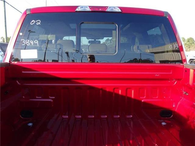 2019 F-150 SuperCrew Cab 4x2,  Pickup #19T083 - photo 32
