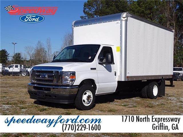 2021 Ford E-350 4x2, Smyrna Truck Cutaway Van #21F096 - photo 1