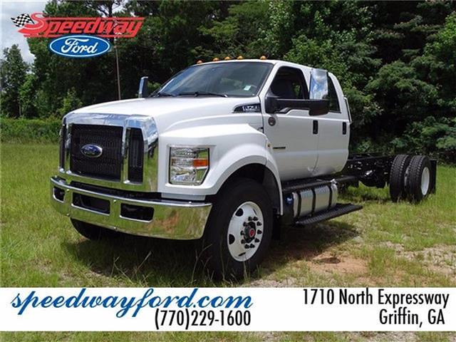 2022 Ford F-750 Crew Cab DRW 4x2, Cab Chassis #22F041 - photo 1