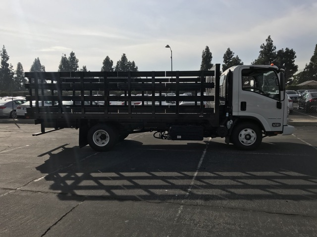 2017 Low Cab Forward Regular Cab, Supreme Stake Bed #H7002311 - photo 4
