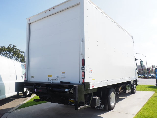 2018 LCF 4500HD Regular Cab 4x2,  Supreme Dry Freight #J7006969 - photo 21
