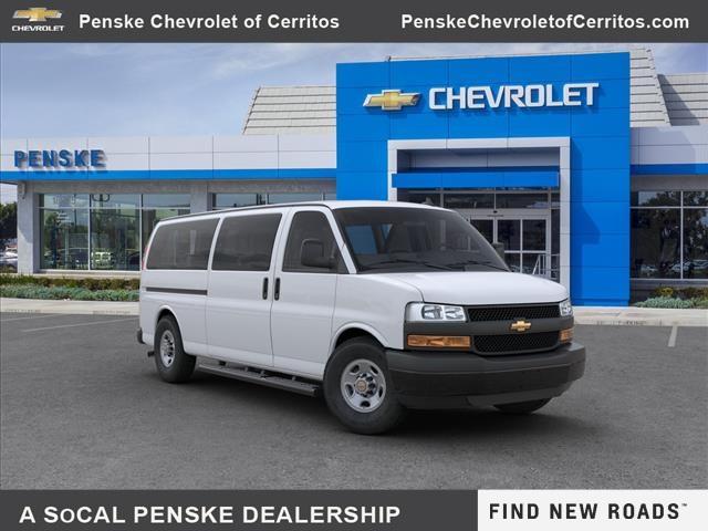 2020 Chevrolet Express 3500 4x2, Passenger Wagon #L1118475 - photo 1
