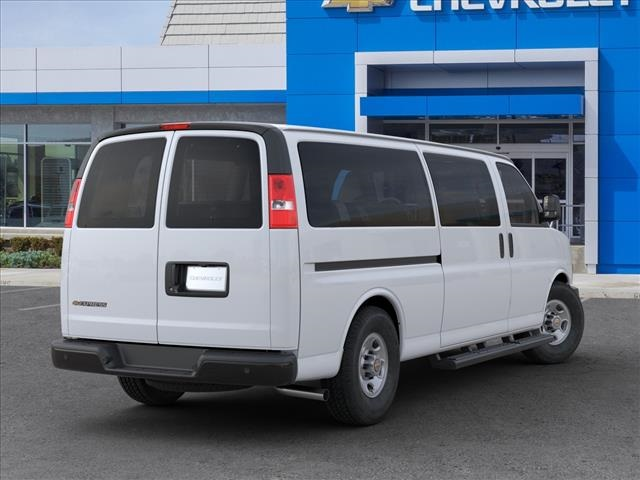 2020 Chevrolet Express 3500 4x2, Passenger Wagon #L1119309 - photo 1