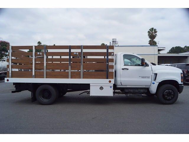 2021 Silverado 4500 Regular Cab DRW 4x2,  Royal Truck Body Platform Body Stake Bed #MH663350 - photo 4