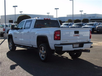 2018 Sierra 2500 Crew Cab 4x4,  Pickup #18110 - photo 22