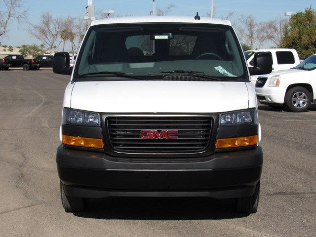 2018 Savana 2500 4x2,  Passenger Wagon #18235 - photo 22