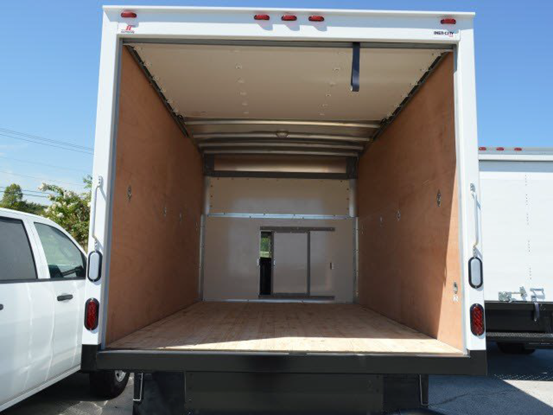 2014 Savana 3500 4x2,  Supreme Cutaway Van #244024 - photo 3
