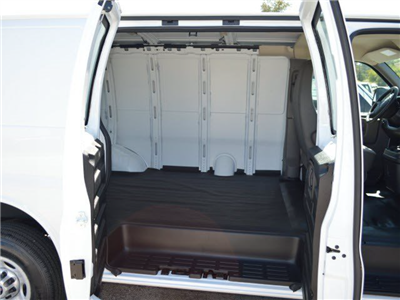 2015 Savana 2500 4x2,  Empty Cargo Van #250720 - photo 3