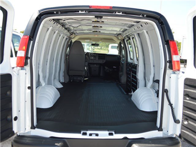 2015 Savana 2500 4x2,  Empty Cargo Van #250720 - photo 4