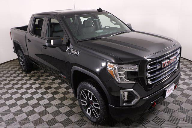 2021 GMC Sierra 1500 Crew Cab 4x4, Pickup #G41876 - photo 3