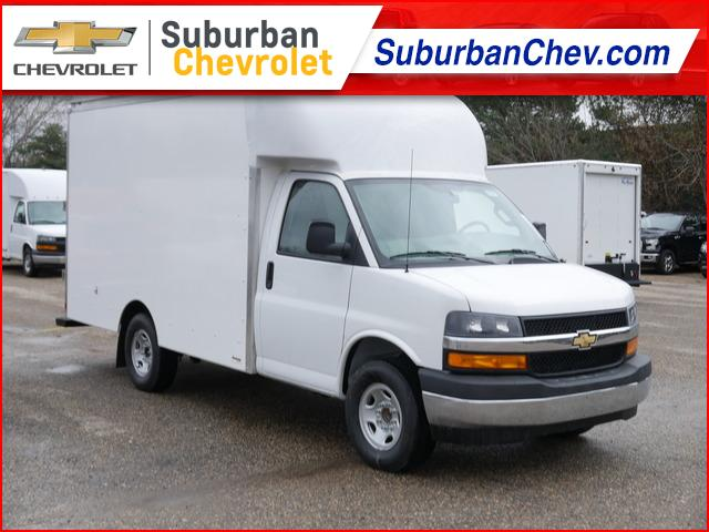 2020 Chevrolet Express 3500 4x2, Supreme Cutaway Van #200401 - photo 1