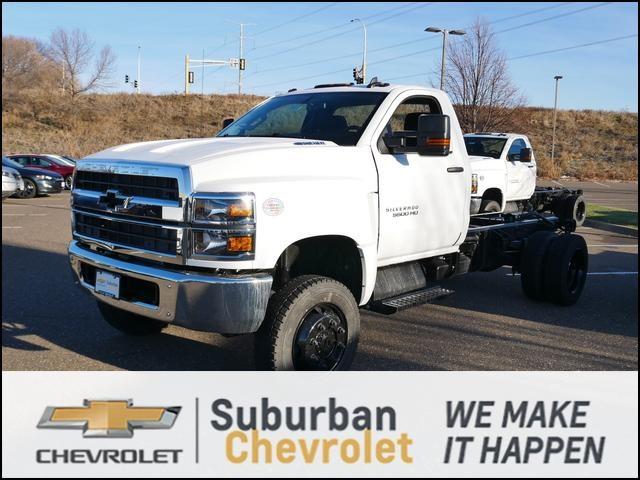 2020 Chevrolet Silverado 4500 Regular Cab DRW 4x4, Cab Chassis #202322 - photo 1