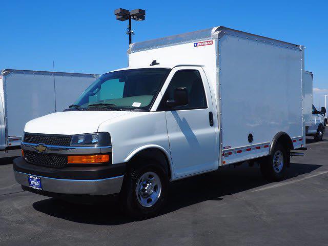2021 Express 3500 4x2,  Morgan Truck Body Cutaway Van #213086K - photo 3