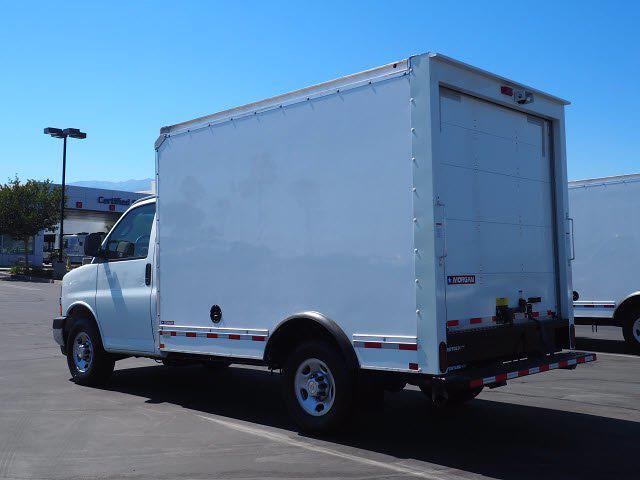 2021 Express 3500 4x2,  Morgan Truck Body Cutaway Van #213086K - photo 6