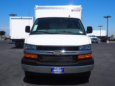 2021 Express 3500 4x2,  Morgan Truck Body Cutaway Van #213086K - photo 4