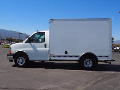 2021 Express 3500 4x2,  Morgan Truck Body Cutaway Van #213086K - photo 5