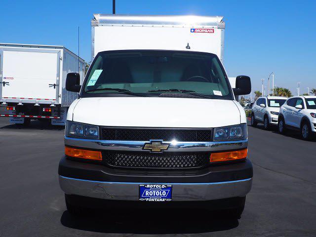2021 Express 3500 4x2,  Morgan Truck Body Cutaway Van #213133K - photo 4