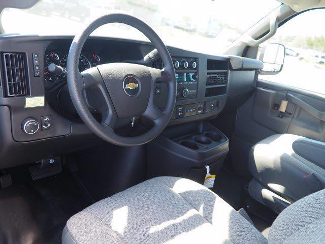 2021 Express 3500 4x2,  Morgan Truck Body Cutaway Van #213133K - photo 14