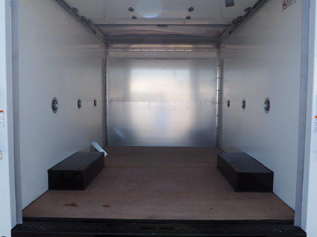 2021 Express 3500 4x2,  Morgan Truck Body Cutaway Van #213133K - photo 8