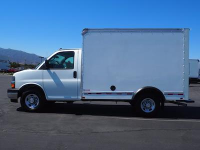 2021 Express 3500 4x2,  Morgan Truck Body Cutaway Van #213133K - photo 5