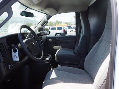 2021 Express 3500 4x2,  Morgan Truck Body Cutaway Van #213332K - photo 13