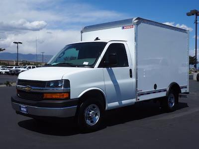 2021 Express 3500 4x2,  Morgan Truck Body Cutaway Van #213332K - photo 3