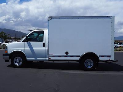 2021 Express 3500 4x2,  Morgan Truck Body Cutaway Van #213332K - photo 5