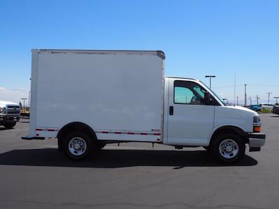 2021 Express 3500 4x2,  Morgan Truck Body Cutaway Van #213332K - photo 9