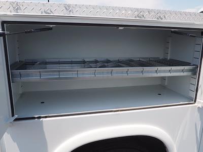 2021 Silverado 4500 Regular Cab DRW 4x2,  Royal Truck Body Service Body #213333KX - photo 17