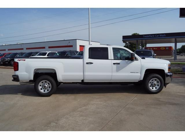 2018 Silverado 2500 Crew Cab 4x4,  Pickup #CF1075 - photo 17