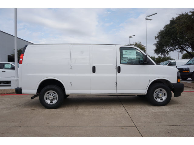 2020 Chevrolet Express 2500 4x2, Knapheide Upfitted Cargo Van #CF1453 - photo 3