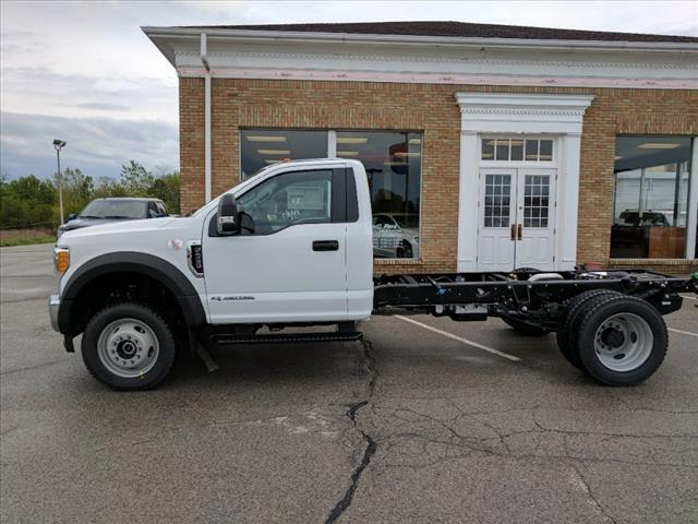 2017 F-550 Regular Cab DRW 4x4 Cab Chassis #L08287 - photo 3