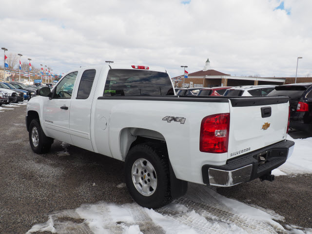 2013 Silverado 1500 Double Cab 4x4, Pickup #L22335B - photo 2