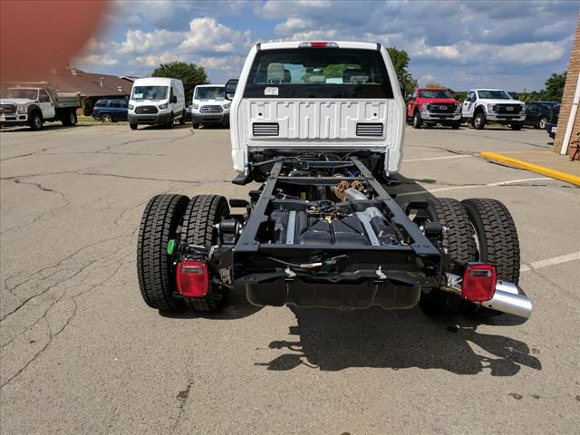 2017 F-550 Super Cab DRW 4x4 Cab Chassis #L34805 - photo 4